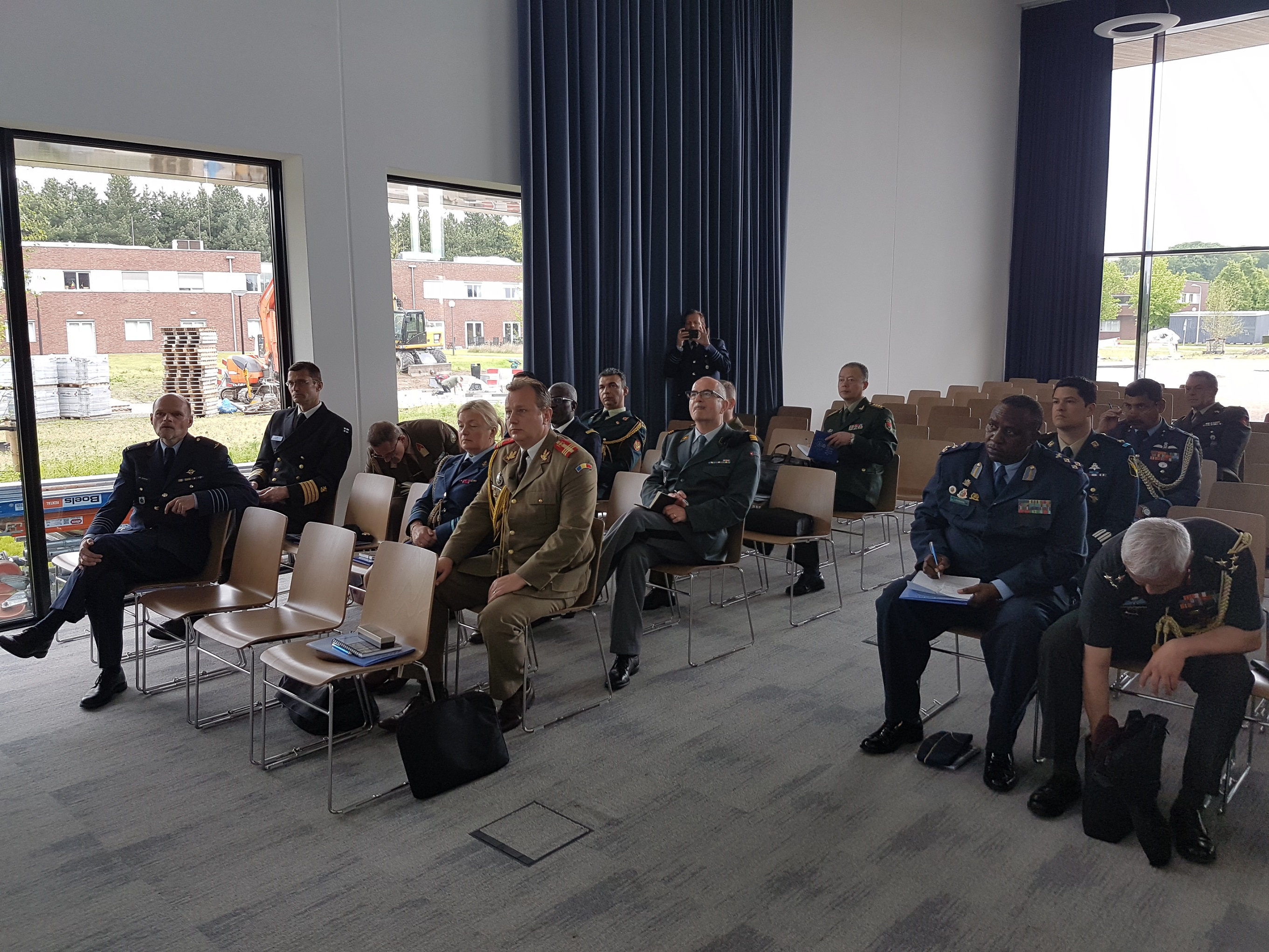 The Defence Attachés accredited to the Netherlands visit EATC