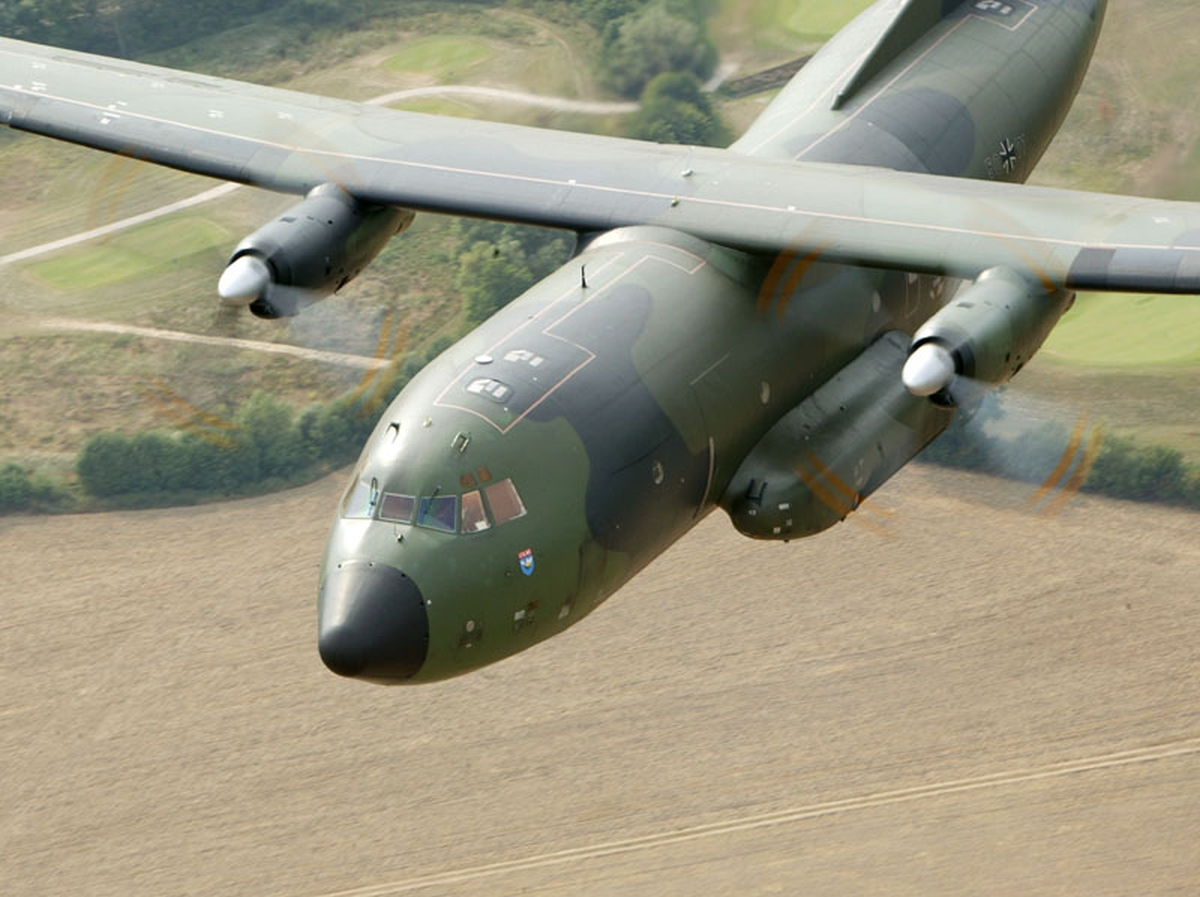 German Transall aircraft deploying to Northern Iraq