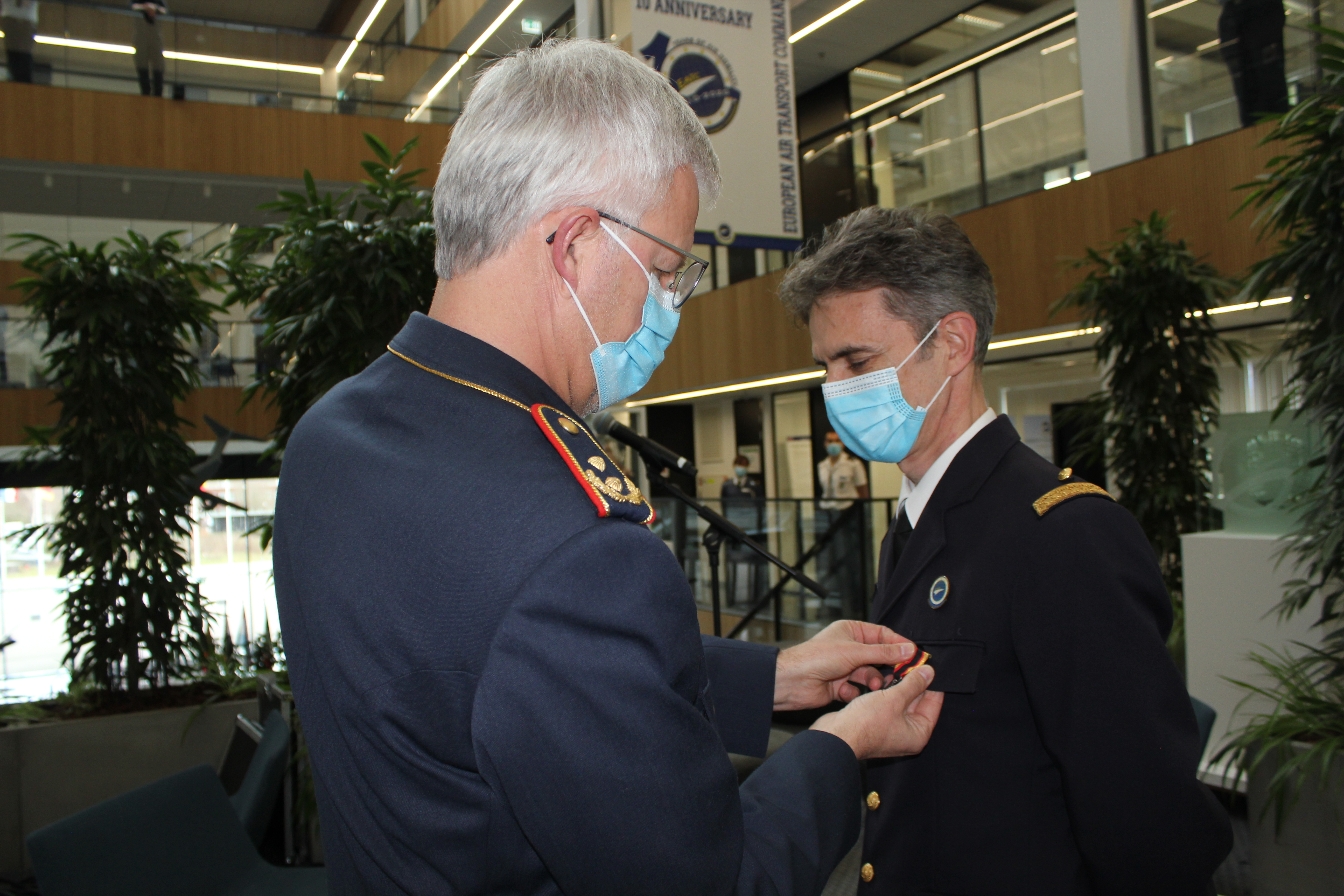 Commander EATC awards German decoration to French officer