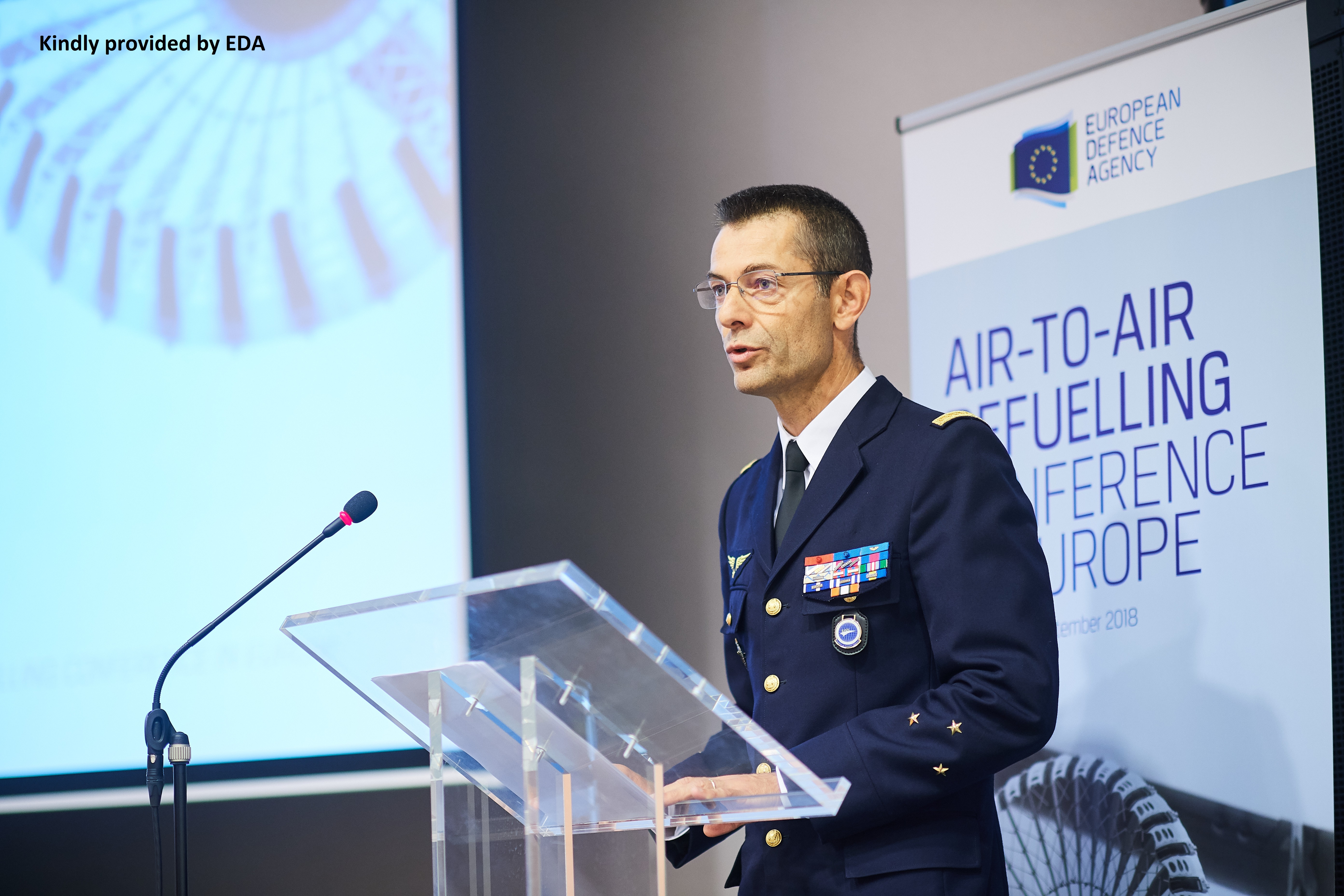 The EATC commander at the first air-to-air refuelling conference in Europe