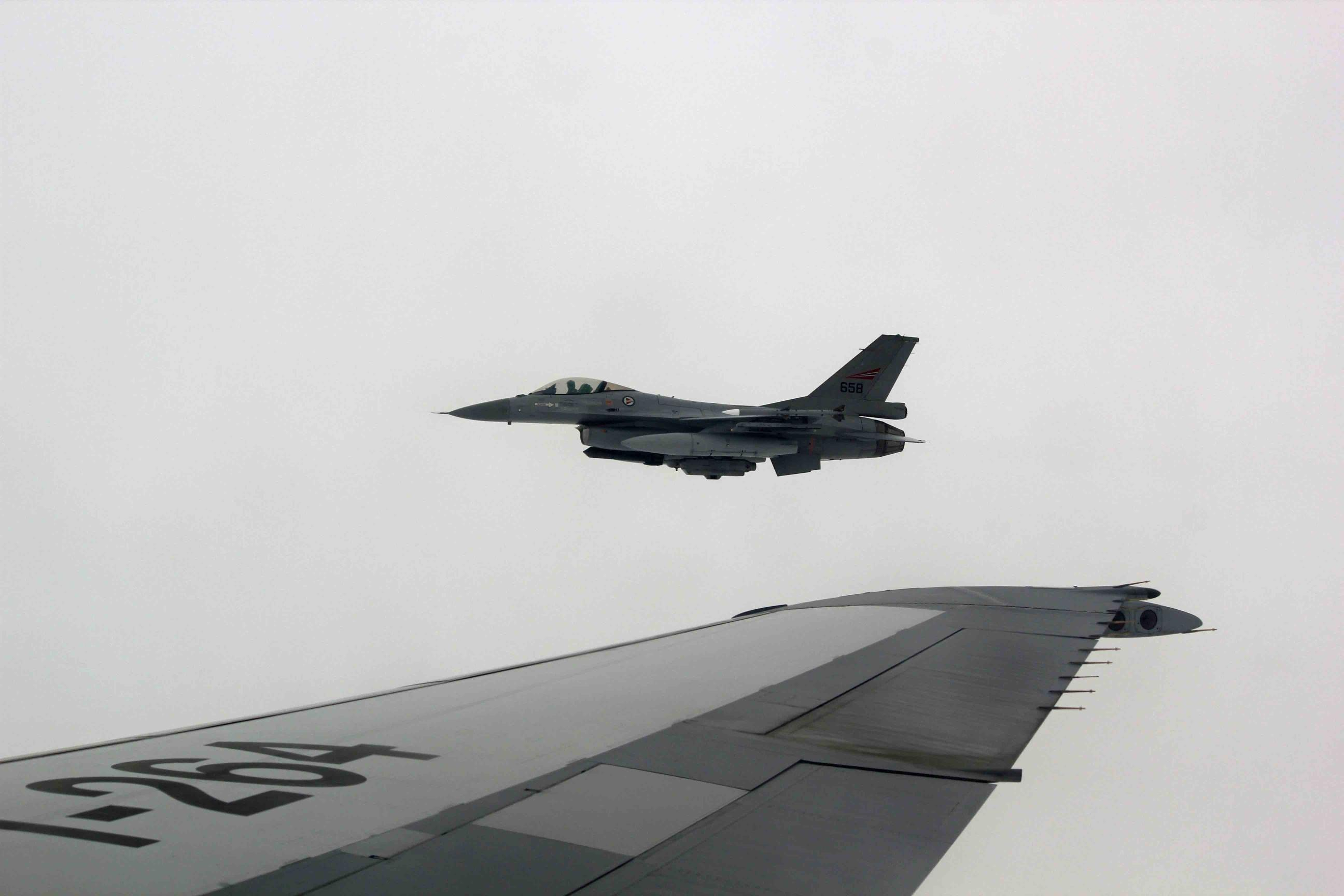 Norwegian F-16 shot out of Dutch KDC-10 while FF2014